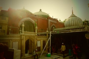 Nizamuddin Dargah, tour zaino in spalla India
