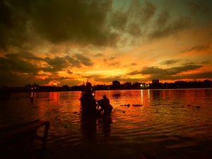 Nimtala ghat, Calcutta tramonto, tour avventura India