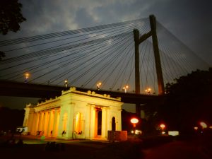 Prinsep Ghat, Calcutta, tour India zaino in spalla